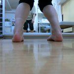 足・膝の動きは大丈夫ですか?